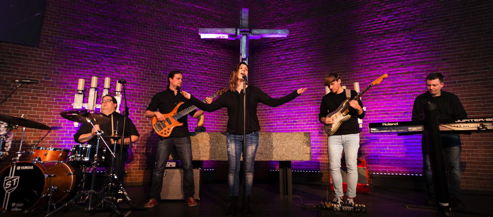 Worship Band im Gottesdienst