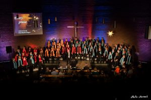 Adventskonzert mit Mass Choir - voices of joy, John Baptist Singers, Complete Worship und der Kinderchor die Ohrwürmer in der Ev. Stephanus Kirchengemeinde Holsterhausen in Herne